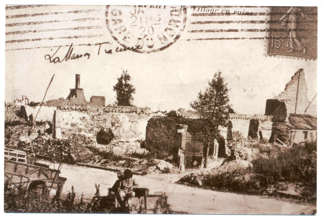 Fig. 2. La maison d'Albert Trocmé après destruction du village...